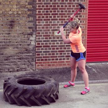 Strongman tyre hitting circuits